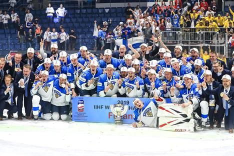 Suomi juhli maailmanmestaruutta Slovakian Bratislavassa vuonna 2019.