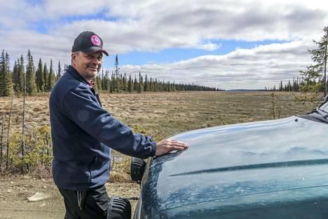 Sodankyläläinen Paavo Kustula oli lähtenyt marraskuussa 2017 Pomokairaan tutkimaan hirvenpyyntimahdollisuuksia ja valokuvaamaan maisemia.