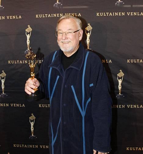 Hannu Karpo palkittiin elämäntyöstään Venla-gaalassa vuonna 2015.