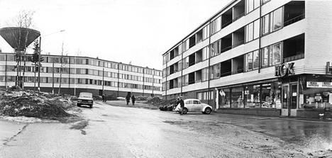 Helsingin maalaiskunta [Vantaa] on solminut aluerakentamissopimukset lähes kaikesta vapaasta rakennusmaasta, joihin nousee lähivuosina useita nykyaikaisia kaupunginosia. Kaivoksela on eräs sellaisista joka on jo rakennettu.
