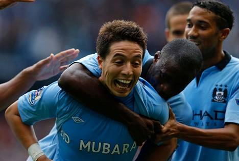 Manchester Cityn Samir Nasri sai maalistaan onnitteluja muun muassa Yaya Tourélta.