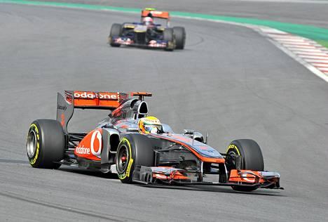 Lewis Hamilton aika-ajoissa Etelä-Koreassa lauantaina.