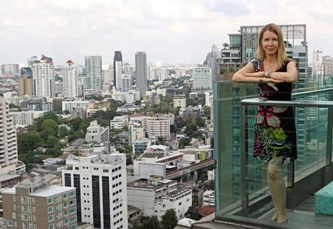 Päivi Kivikankaalla on koti sekä Thaimaan pääkaupungissa Bangkokissa että maaseudulla Hua Hinissä.