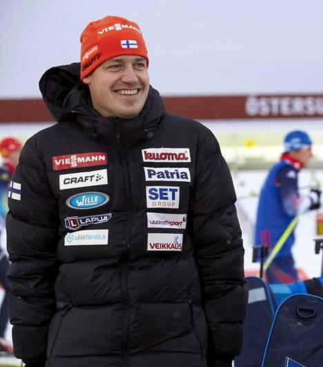 Ruotsin maajoukkuetta kolme vuotta valmentanut Marko Laaksonen solmi viime keväänä Suomen ampumahiihtoliiton kanssa 2+2-vuotisen sopimuksen.