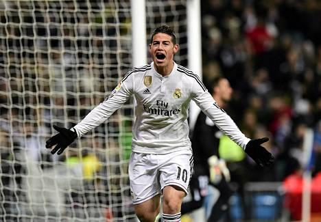 James Rodriguez tuuletti maalia Sevillaa vastaan, mutta joutui jättämään pelin kesken loukkaantumisen vuoksi.