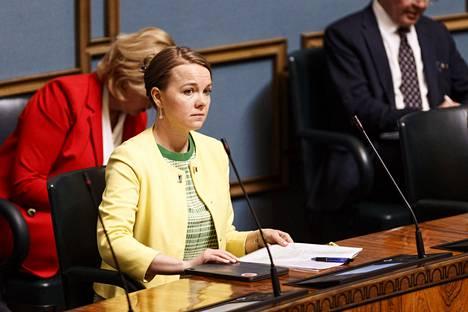 Valtiovarainministeri Katri Kulmuni eduskunnan kyselytunnilla.