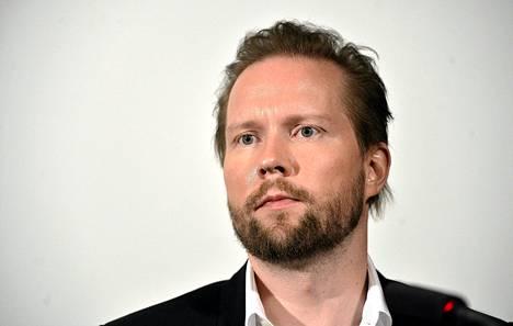 Pekka Himanen Kestävän kasvun ja hyvinvoinnin foorumin lehdistötilaisuudessa viime marraskuussa.