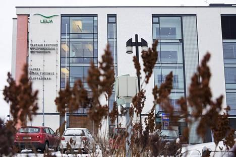 Yksi mahdollista myyntikohteista on Vantaan omistama toimistotalo Leija.