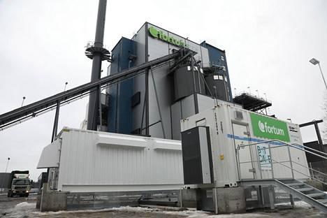 Batcave-akku Järvenpään voimalaitoksella.