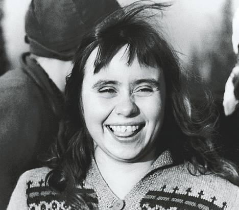 Maritta Viitamäki on nuori Martta Timo K. Mukan esikoisromaanin filmatisoinnissa.