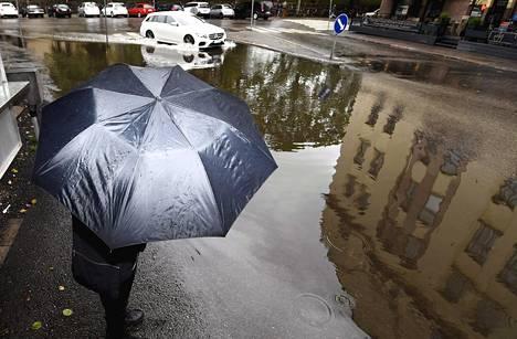 2. helmikuuta: Vesilammikko Töölössä.