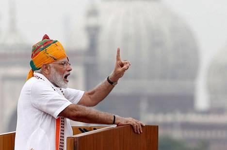Intian pääministeri Narendra Modi piti itsenäisyyspäivän puheen Punaisessa linnoituksessa Delhissä.
