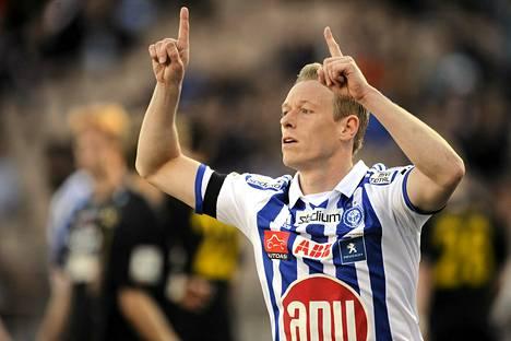 Mikael Forssell tuuletti maalia FC Honkaa vastaan, mutta ei päässyt kentälle MIFK-ottelussa.