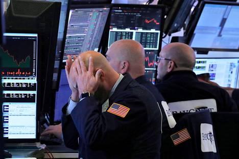 Meklarit seurasivat kursseja New Yorkin pörssissä 19. joulukuuta.