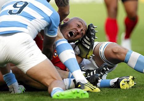 Argentiinan ja saarivaltio Tongan rugbyjoukkueet mittelivät rugbyn maailmanmestaruuskilpailujen lohkovaiheessa sunnuntaina Leicesterissa Britanniassa.