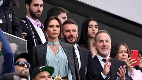 Victoria ja David Beckham saapuivat katsomaan Inter Miamin ensimmäistä MLS-ottelua.