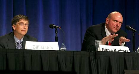 Microsoftin perustaja Bill Gates (vas.) ja toimitusjohtaja Steve Ballmer.
