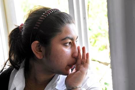Leonarda Dibrani kuuli lauantaina, että saisi palata Ranskaan ilman perhettään.