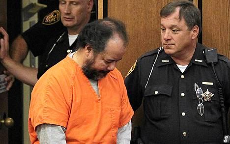 Ariel Castro oikeudenkäyntinsä valmistelevassa käsittelyssä Clevelandissa keskiviikkona.