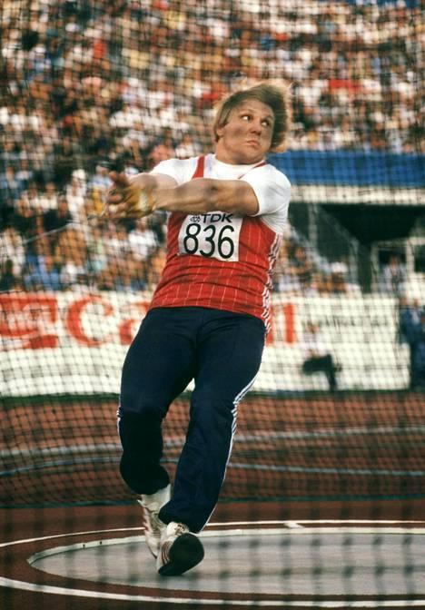 Sergei Litvinov Helsingin MM-kisoissa 1983.