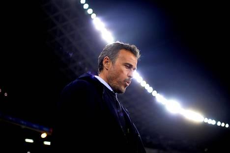 FC Barcelonan päävalmentaja Luis Enrique puhalteli ottelussa Real Sociedadia vastaan.