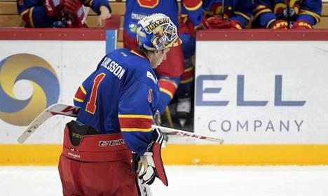 Henrik Karlsson loukkaantui ottelussa.