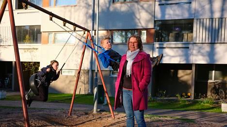 Sonja Iltanen-Tähkävuoren lapset palasivat torstaina kouluun poikkeustilan jälkeen.
