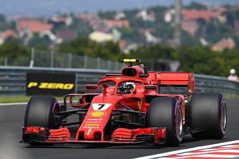 Räikkönen perjantain harjoituksissa.