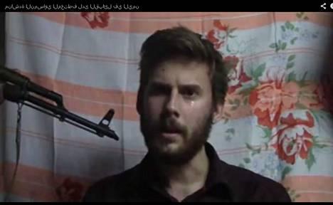 Dominik Neubauer esiintyi helmikuun lopulla videopalvelu Youtubeen ladatulla videolla, jossa hän pyysi Itävallan ja EU:n viranomaisia suostumaan sieppaajien vaatimuksiin.