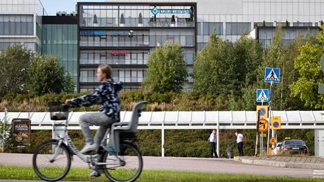 Lähi-Tapiolan pääkonttori sijaitsee Espoon Tapiolassa.