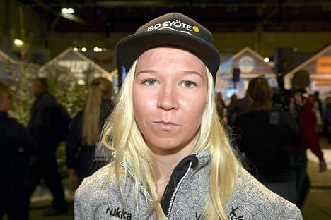 Julia Kykkänen on Suomen kärkitoivoja Falun MM-mäkihypyssä.