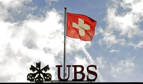 Sveitsiläinen UBS-pankki joutuu maksamaan satoja miljoonia euroja sopiakseen syytteet valuuttakurssien manipuloinnista.