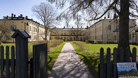 Lapinlahden sairaalan päärakennus, jonne Tove Janssonin kotimuseota oli suunniteltu.