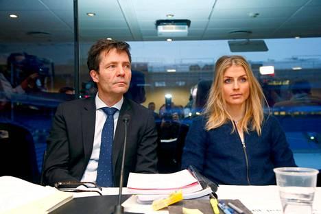 Therese Johaug sai keväisessä oikeudenkäynnissään tukea asianajaja Christian B. Hjortilta. Nyt Johaugin asianajajatiimiä on vahvistettu viisihenkiseksi.