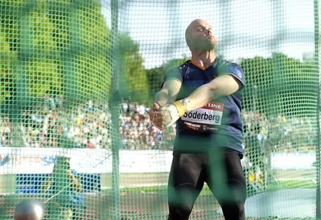 Moukarinheittäjä David Söderberg Paavo Nurmi Games -yleisurheilukilpailuissa Turussa 29. kesäkuuta.