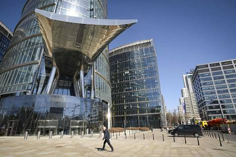 Frontexin päämaja Puolan pääkaupungissa Varsovassa on pilvenpiirtäjässä, jossa on myös monien suuryritysten toimitiloja.