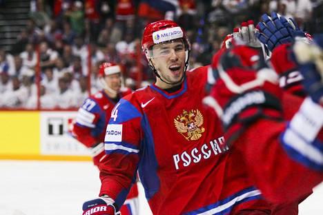 Alexei Jemelin tuuletti Venäjän kolmatta maalia MM-finaalissa vuonna 2012 Hartwall-areenalla.