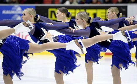 Marigold IceUnity voitti Finlandia Trophyssa lauantaina. Kuva muodostelmaluistelun SM-kisoissa viime keväältä.