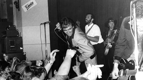 Crazy Cavan and the Rhythm Rockers keikalla. Kuva vuodelta 1980.