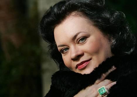 Violeta Urmana loisti odotetusti Bartókin Herttua Siniparran linna -oopperan Judithin roolissa.