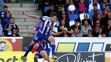 HJK:n toppari Aapo Halme hakee seuraavaksi nostetta uralleen Leeds Unitedissa.