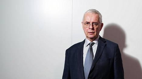 Valtion virastoissa ja ministeriöissäkin tulisi tunnustaa, että niissä työskentelevä väki on varsin homogeenistä, sanoo Tullin pääjohtaja Hannu Mäkinen.