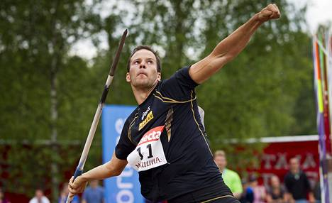 Tero Pitkämäki Pihtiputaan Keihäskarnevaalissa.
