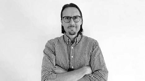 """""""Tekoälyn avulla voimme tuottaa tulevaisuudessa paljon lisää arvoa: rutiinitöiden automatisoinnin lisäksi tarjota esimerkiksi data-analytiikkaan ja raportointiin uudenlaisia ulottuvuuksia"""", kertoo Jari Paananen Baswarelta."""