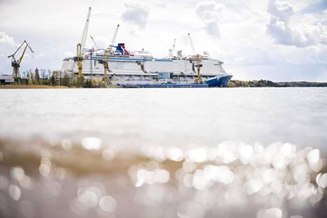 Meyer Turun telakalla viimeisteltiin viime kesänä Mardi Gras -loistoristeilijää, joka luovutettiin Carnival Cruisesille joulukuun puolivälissä.
