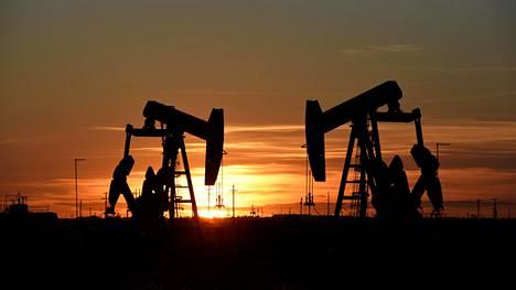 Öljypumppuja Texasissa kuvattuna vuonna 2018.