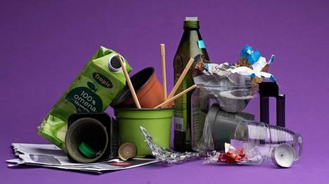 Kierrättämistä vaikeuttaa sekin, että ohjeet muuttuvat. Esimerkiksi mehu- tai maitotölkistä pitäisi nykyään irrottaa korkki muovikeräykseen. Aiempi ohje oli, että korkin sai heittää kartonkikeräykseen tölkin mukana.