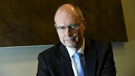 Oikeusministeriön vaalijohtajan Arto Jääskeläisen mukaan enää ei ole kuin huonoja ajankohtia siirtää vaaleja.
