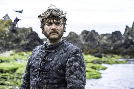 Euron Greyjoy tahtoo tehdä Rautasaarista taas suuria. Siksi hahmoa on tituleerattu Rautasaarten Donald Trumpiksikin. Rääväsuinen Pilou Asbaek sopii rooliin siis hyvin.