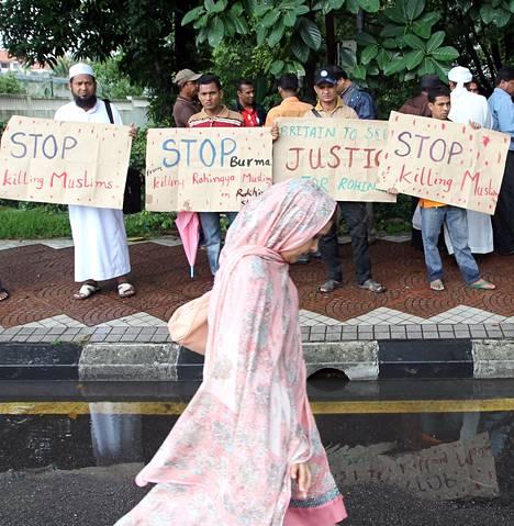 Rohingyanmuslimeilla oli väkivallan vastainen mielenosoitus Malesian Kuala Lumpurissa kaksi viikkoa sitten.